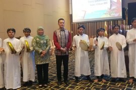 Penampilan Hadroh panti asuhan Al Washliyah Ismailiyah pukau pelaku usaha dagang Jatim di Medan