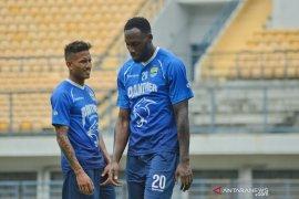Manajemen Persib masih negosiasi rekrut Geoffrey dan Wander Luiz