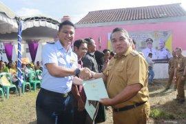 Wali Kota bagikan sertifikat PTSL warga Syamsudin Noor
