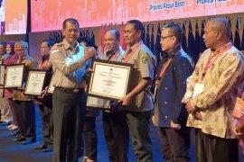 2.000 APD bantuan dari pusat telah tiba di Ambon