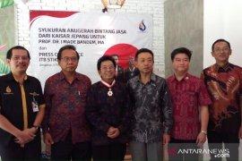 Budayawan Bali Prof Bandem bahagia terima Bintang Jasa Kaisar Jepang