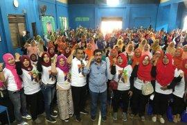 Bacawali Machfud Arifin janji naikkan honor kader posyandu