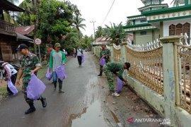 Cegah DBD Koramil Simpur laksanakan gotong royong