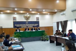 DKPP lakukan sidang kode etik jajaran komisioner KPU Tanah Bumbu