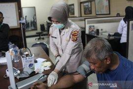 Ditresnarkoba Polda Jambi tangkap seorang kakek jual sabu