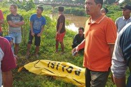 Sopir Grab Kudus ditemukan tewas di saluran irigasi, badan korban diberi pemberat batu bata
