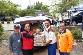 PT Saptaindra Sejati serahkan bantuan korban banjir Tabalong
