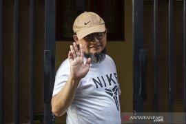 Penyidik KPK Novel Baswedan tak hadiri sidang perdana
