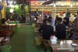 Sensasi makan durian ala cafe pertama di Medan