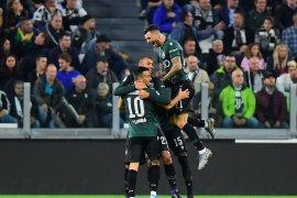 Dua gol Musa Barrow bawa Bologna menang 3-2 atas Roma