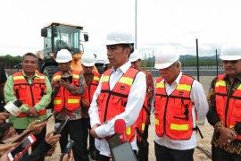 Wali Kota dampingi Presiden resmikan TPA Regional Banjarbakula