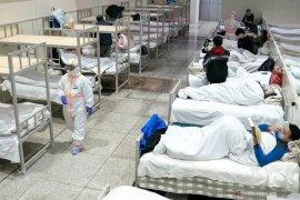 Jumlah korban meninggal akibat virus corona capai 811 orang, lebih tinggi dari SARS