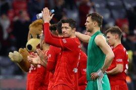 Bayern Muenchen tetap puncaki klasemen meski seri lawan Leipzig