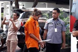 Terkait kasus narkoba Nanie Darham, seorang pengacara ditangkap