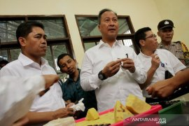 Menteri Perindustrian buka Diklat 3 in 1 di Makassar Page 1 Small