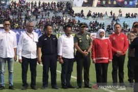 Khofifah buka turnamen pramusim Piala Gubernur Jatim 2020