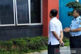 Pelaku penembakan di Rutan Cipinang serang tiga petugas jaga