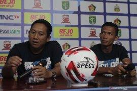 Persela turunkan empat pemain asing pada Piala Gubernur Jatim