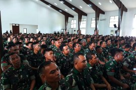 700 prajurit TNI dikirim ke Papua Barat