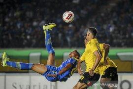 Pertandingan persahabatan Persib Bandung melawan Barito FC