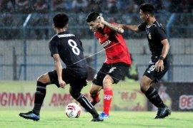 Madura United Vs Bhayangkara FC Page 1 Small