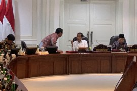 Jokowi ungkapkan impor baja jadi sumber utama defisit neraca perdagangan
