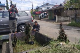 Makam pendiri Kampung Tengah Pontianak ditemukan dengan kondisi memprihatinkan