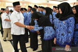 ASN Bangka Belitung mengumpulkan Rp430 juta untuk membantu warga terdampak corona
