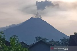 Pasca-erupsi, Warga sekitar Gunung Merapi beraktivitas normal