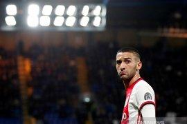 Penyerang sayap Ajax Hakim Ziyech merapat ke Chelsea
