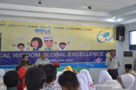 "Puluhan pelajar di Subang ikuti kegiatan ""WIKA Mengajar"" 2020"