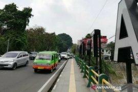 Warga menerima besaran biaya pembebasan lahan pelebaran Jembatan Otista Bogor