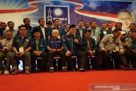 Ketum PAN Zulhas katakan partainya mitra yang kritis