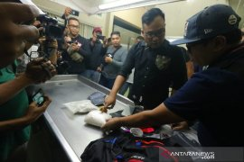Polisi tembak mati bandar narkoba di Surabaya