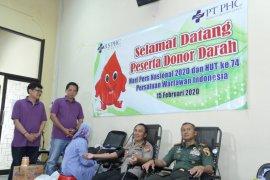 Peringati HPN, Kapolrestabes Surabaya donor darah di PWI Jatim