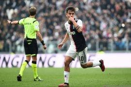 Juve jauhi kejaran Inter setelah menang 2-0 atas Brescia