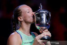 Kiki Bertens pertahankan gelar juara St. Petersburg