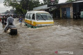 Genangan air di Bandung