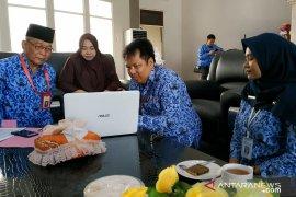 BPS sensus keluarga Bupati HST