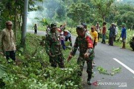 TNI-Polri di Pamekasan gerakkan anggota siaga bencana