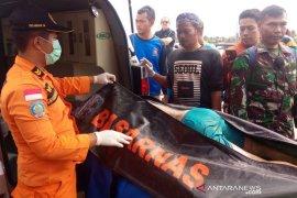 Petugas SAR temukan jasad anak yang terseret arus sungai Ciputrahajidi Ciamis