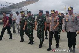 Panglima TNI dan Kapolri hadiri pelepasan jenazah korban Heli Mi-17