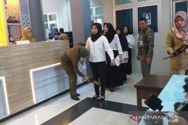 Peserta ujian seleksi CASN 2020 di Belitung lewati pemeriksaan ketat