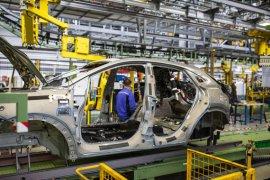 3 pekerja positif corona, Ford tutup pabrik di Spanyol