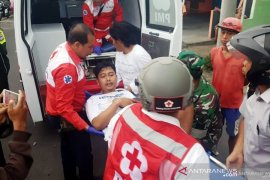 Pemprov Jatim tanggung biaya korban luka kerusuhan suporter
