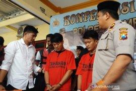 Polres Sampang tangkap dua penyebar video asusila di medsos