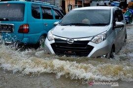 Banjir Makassar Page 2 Small