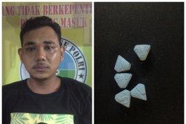Polisi Binjai tangkap pemilik lima butir pil ekstasi