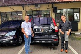 Polisi amankan satu kendaraan Honda CRV milik tersangka penipu Putri Arab