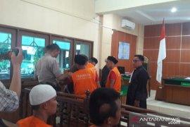 Jaksa tuntut hukuman mati tiga kurir ganja di Jambi